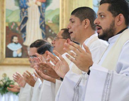 Intensificar la oración por los sacerdotes  de la Arquidiócesis de Panamá