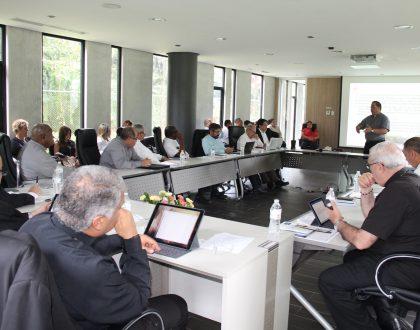Obispos panameños reunidos en asamblea