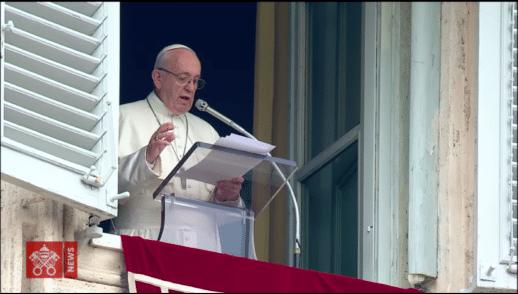 """""""Cada uno de nosotros, en tanto que ser humano, está en búsqueda"""" - Papa Francisco"""