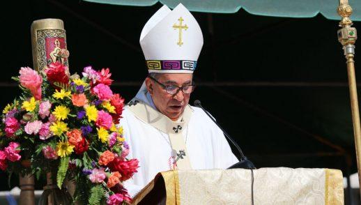 """""""La Iglesia Católica es la mayor red humana que existe en el mundo"""" - Mons. Ulloa"""