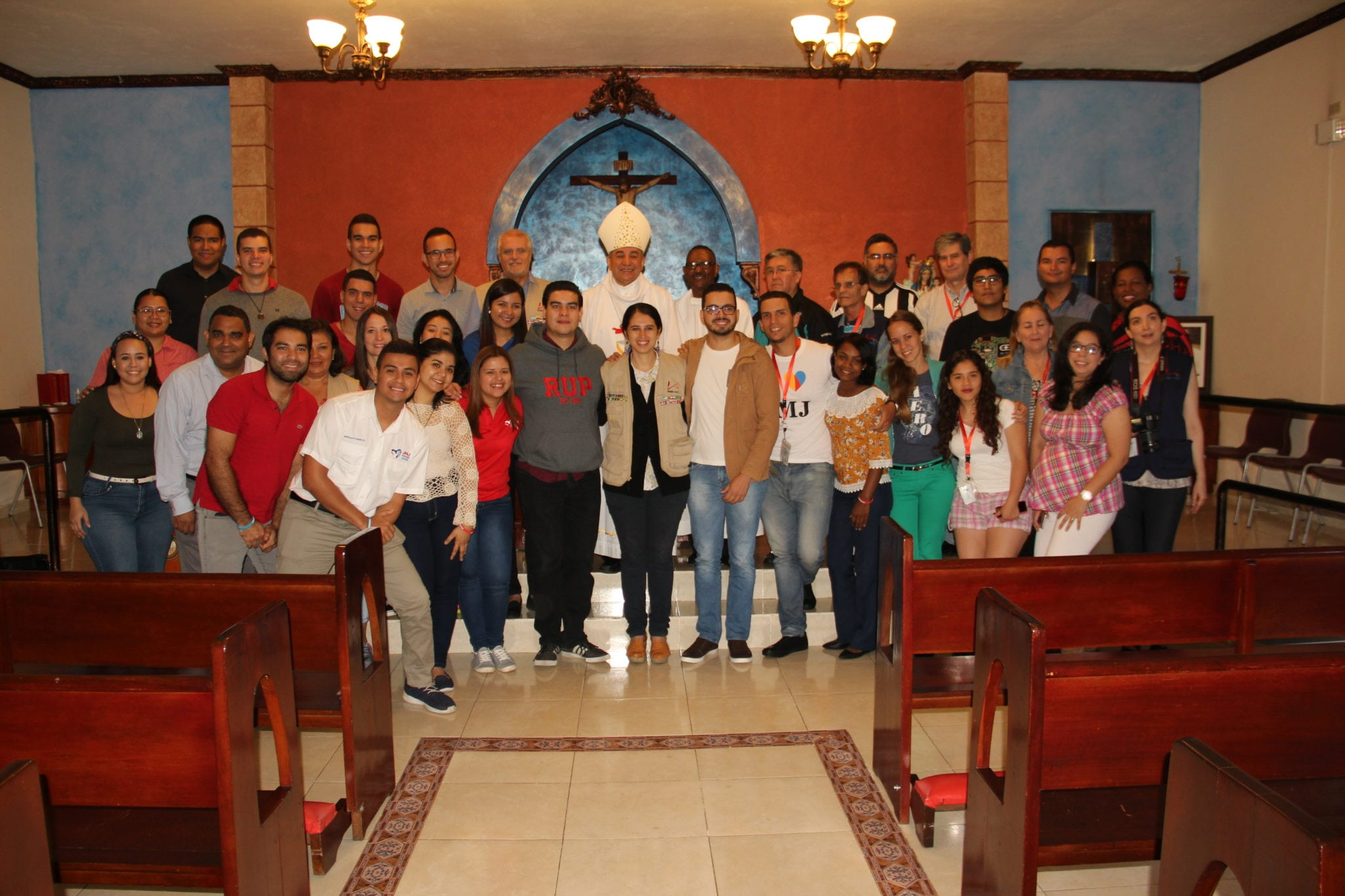Jóvenes comunicadores católicos de América Latina  comprometidos con la transformación  social y eclesial