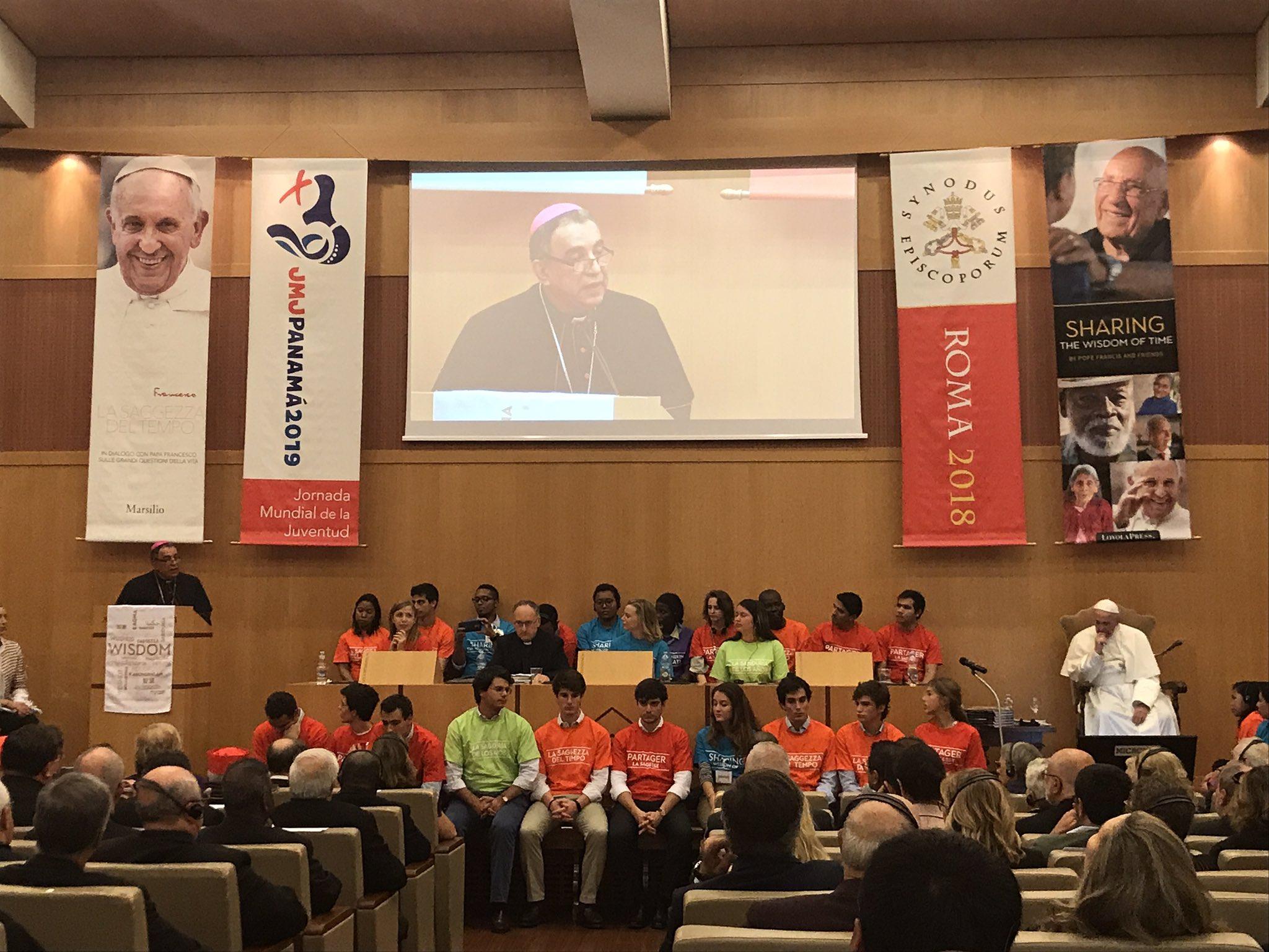 """""""Es propio de la juventud todo lo dinámico, todo lo que se proyecta"""" - Mons. José Domingo Ulloa"""