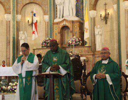 Con su legado de amor, la Iglesia Católica celebró la canonización de San Romero