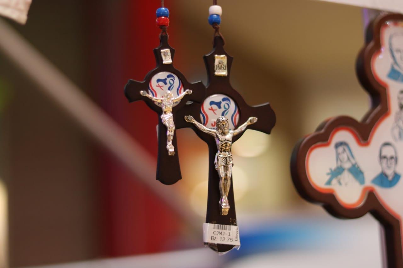 Lanzamiento de Artículos Religiosos Oficiales de JMJ