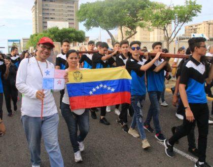 Símbolos de la JMJ llegan a Venezuela y la Arquidiócesis de Maracaibo los recibe con gran júbilo
