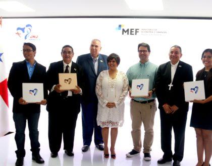 Reconocen a artistas que participaron en el boceto y diseño de las monedas conmemorativas a la JMJ