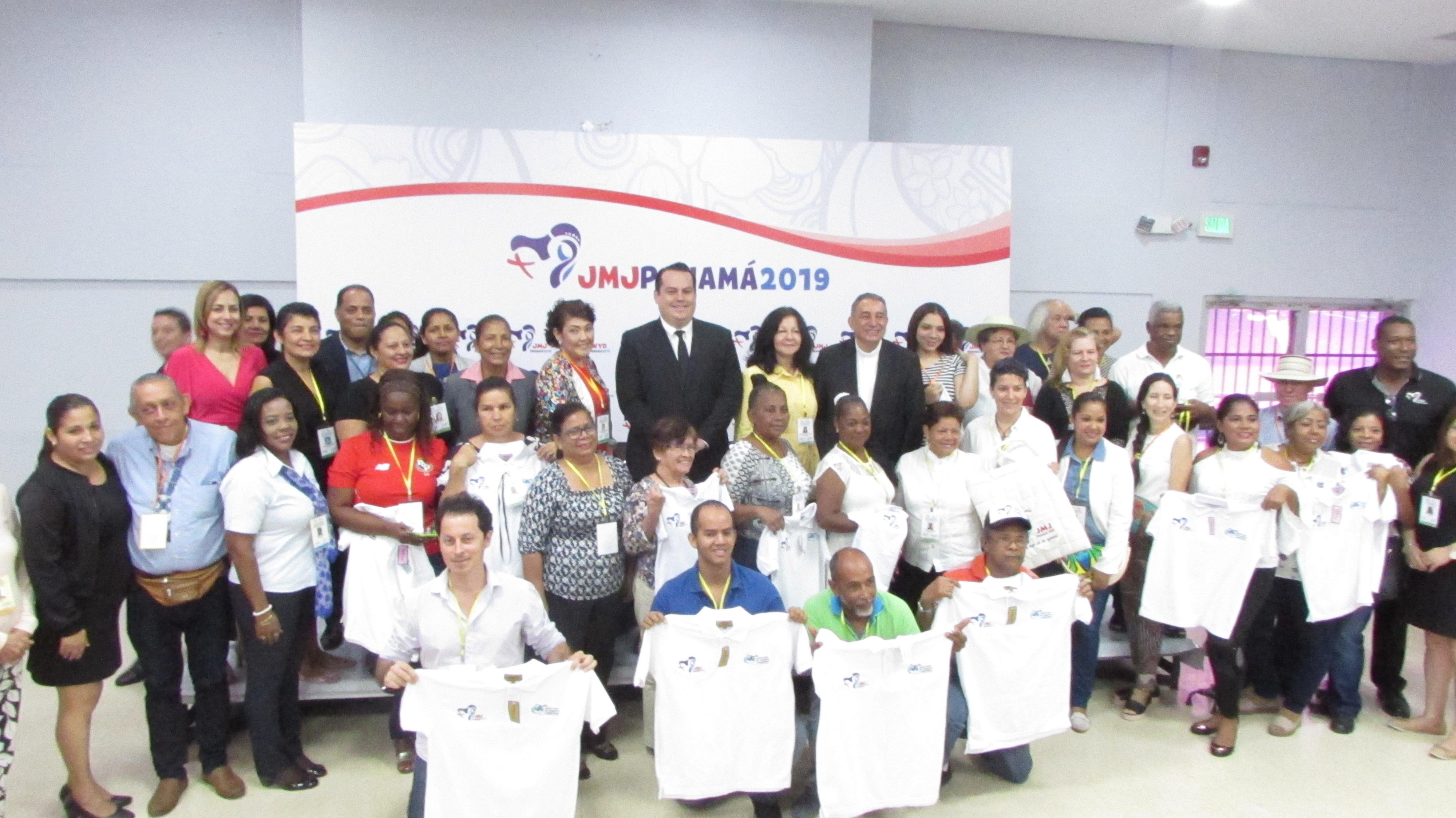 Artesanos panameños preparados para participar en la JMJ