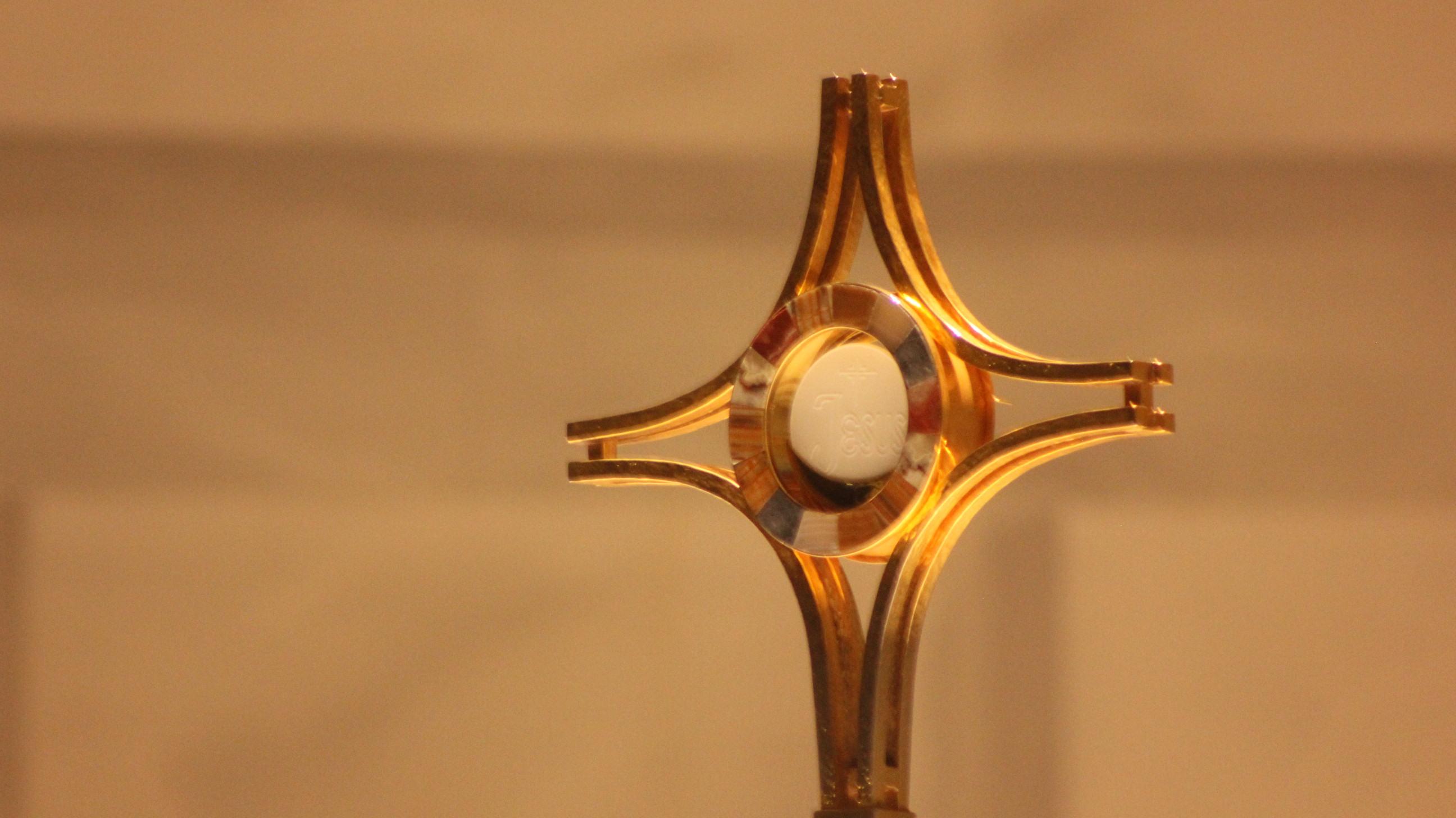 Ahora puedes visitar a Nuestro Señor, Jesús Eucaristía, en el Arzobispado