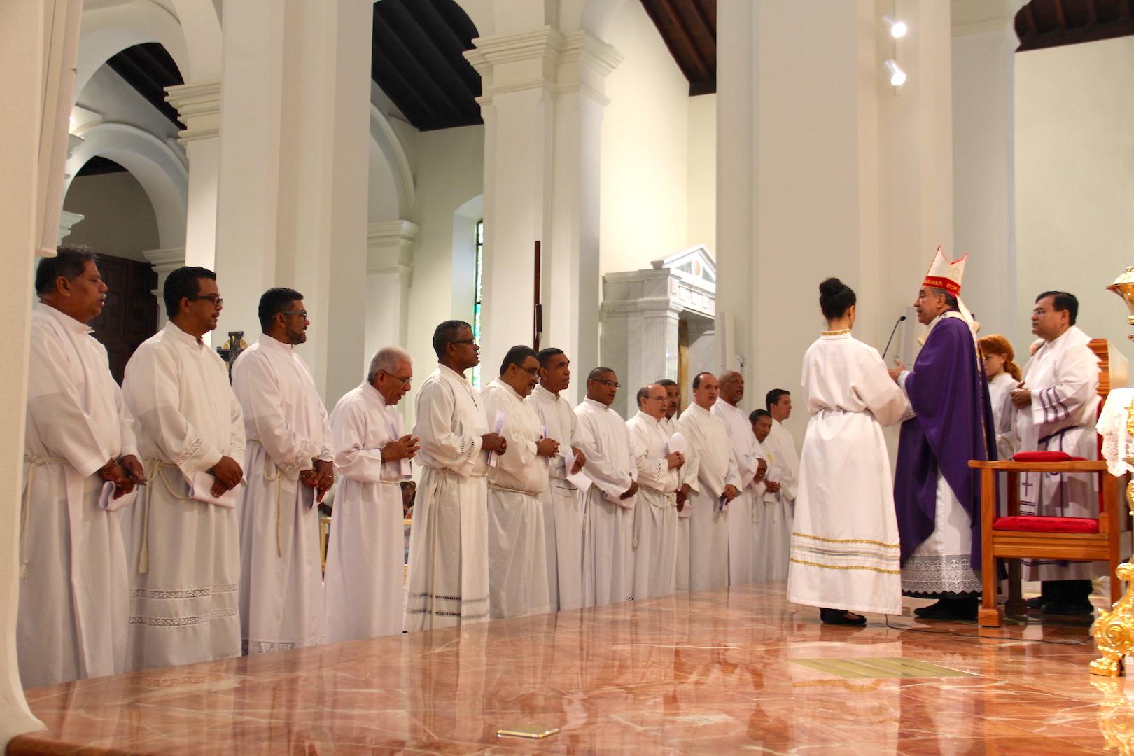 Próxima ordenación de 15 diáconos permanentes