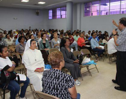 Casi 600 personas participaron de la semana de Catequesis