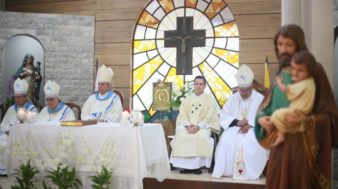 Este domingo del Buen Pastor toda la colecta para el Seminario Mayor San José