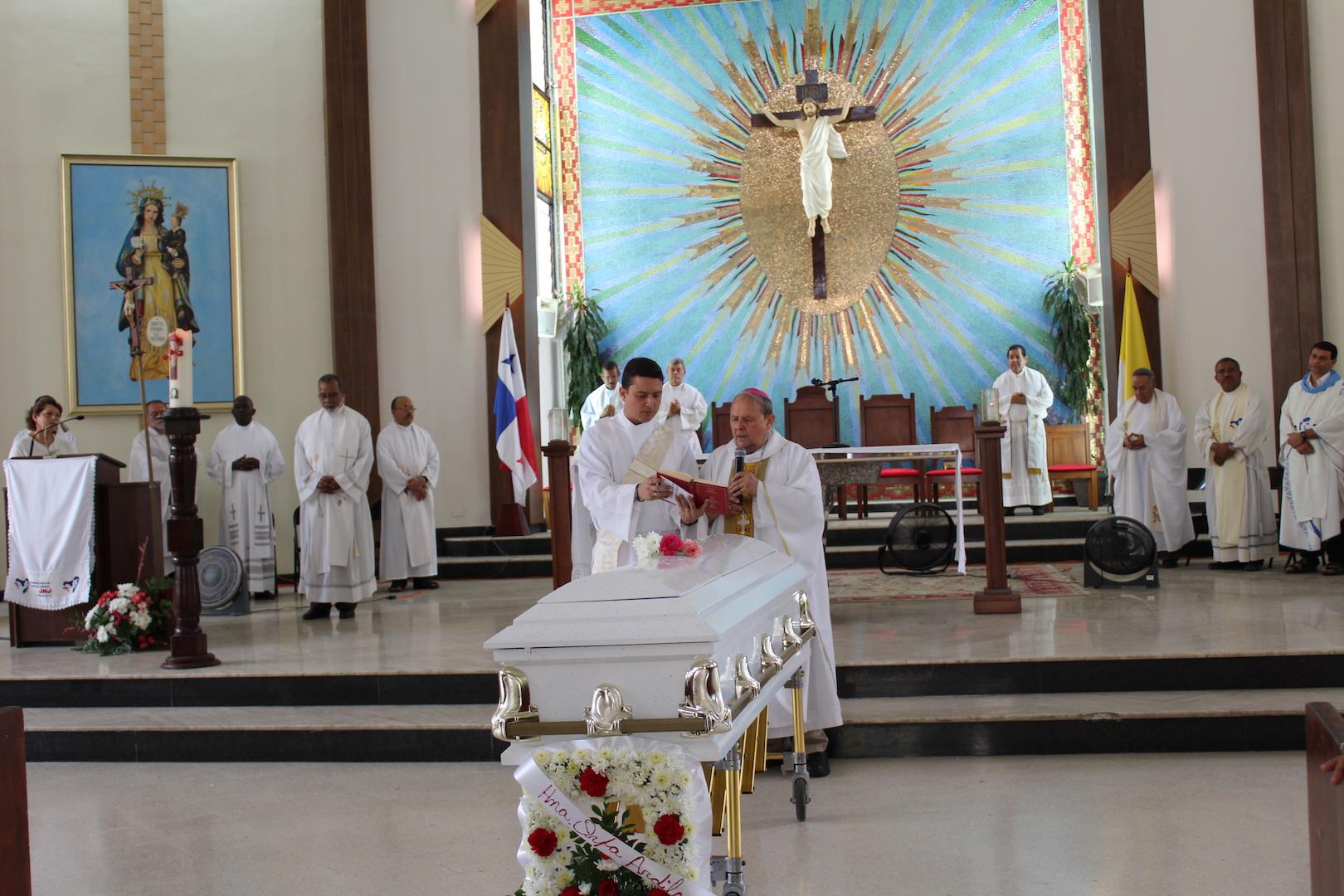 Hna. María Orfelina Ardila González Parte al encuentro del Padre Eterno