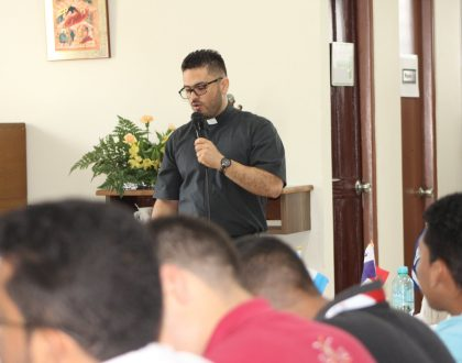 Futuros sacerdotes deben asumir evangelización en las redes sociales - OSCAM 2019