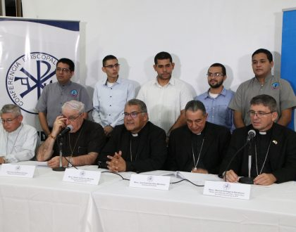 OBISPOS PANAMEÑOS  COMPROMETIDOS CON EDUCACIÓN SEXUAL