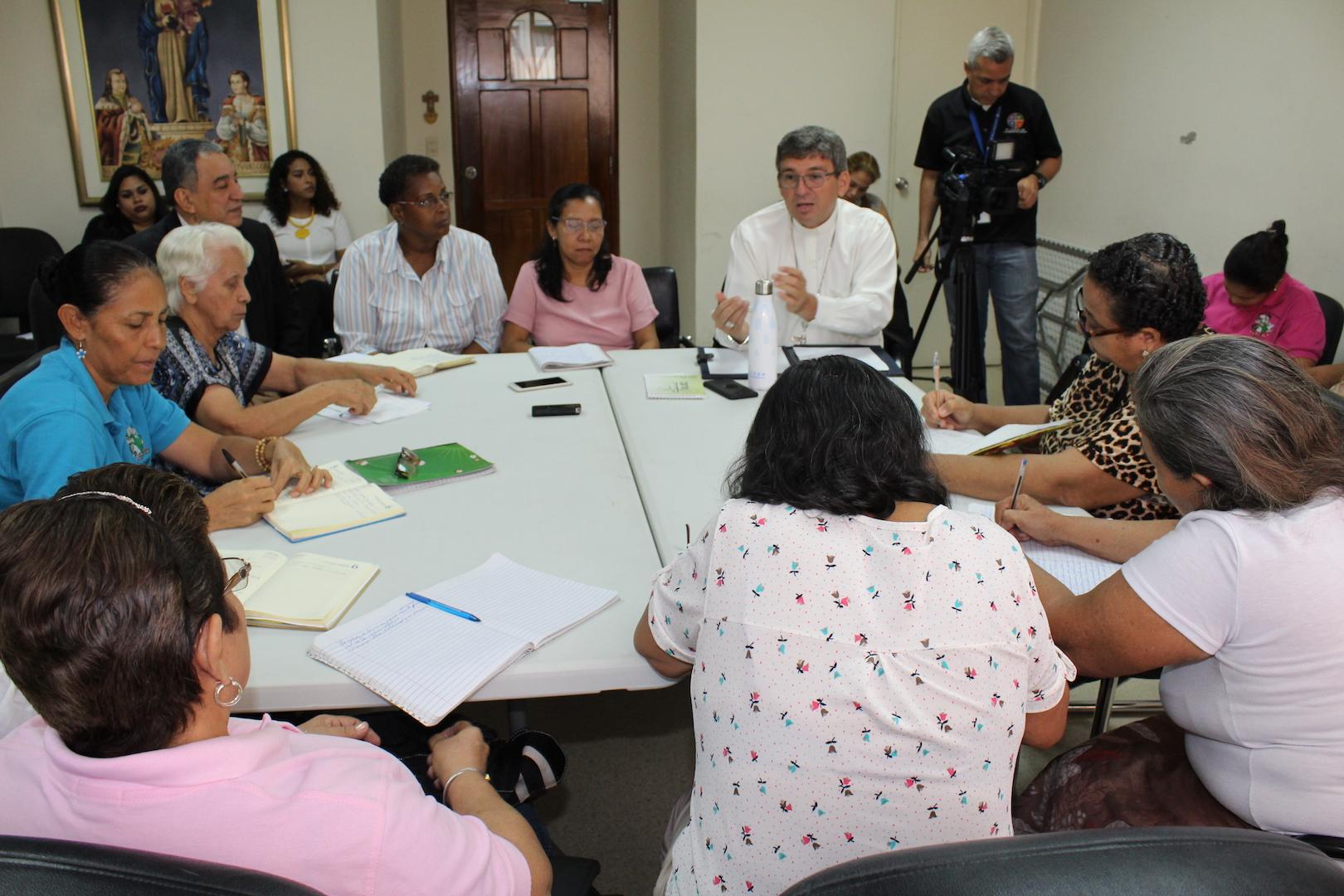 Obispos panameños comprometidos en reforzar apostolado de las Madres Maestras