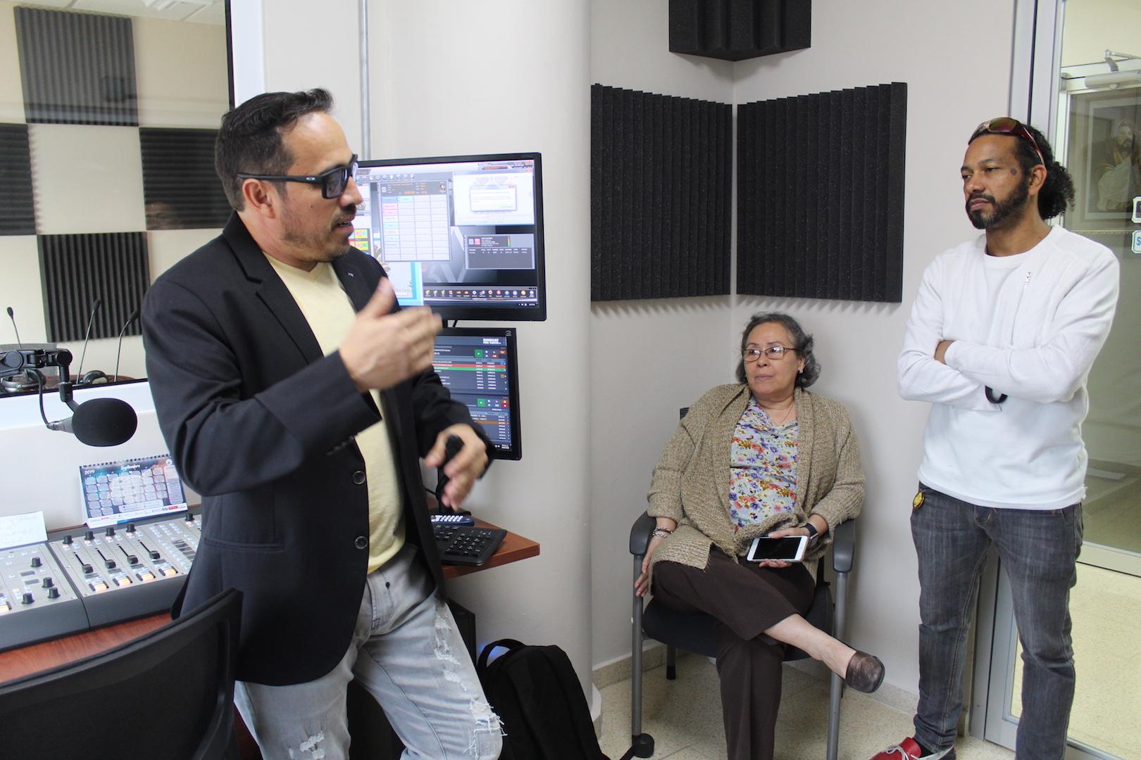 En Radio Hogar taller para interatuar con los oyentes