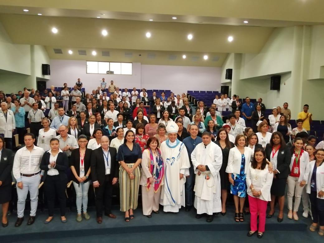 Personal de salud celebra sus 317 años de fundación,  Del Hospital Santo Tomás