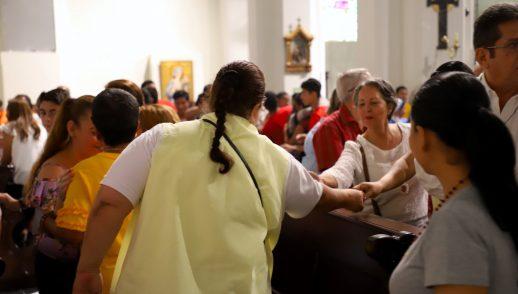 COMO PREVENCIÓN SE SUSPENDE SALUDO DE LA PAZ EN LAS MISAS - ARZOBISPO DE PANAMÁ