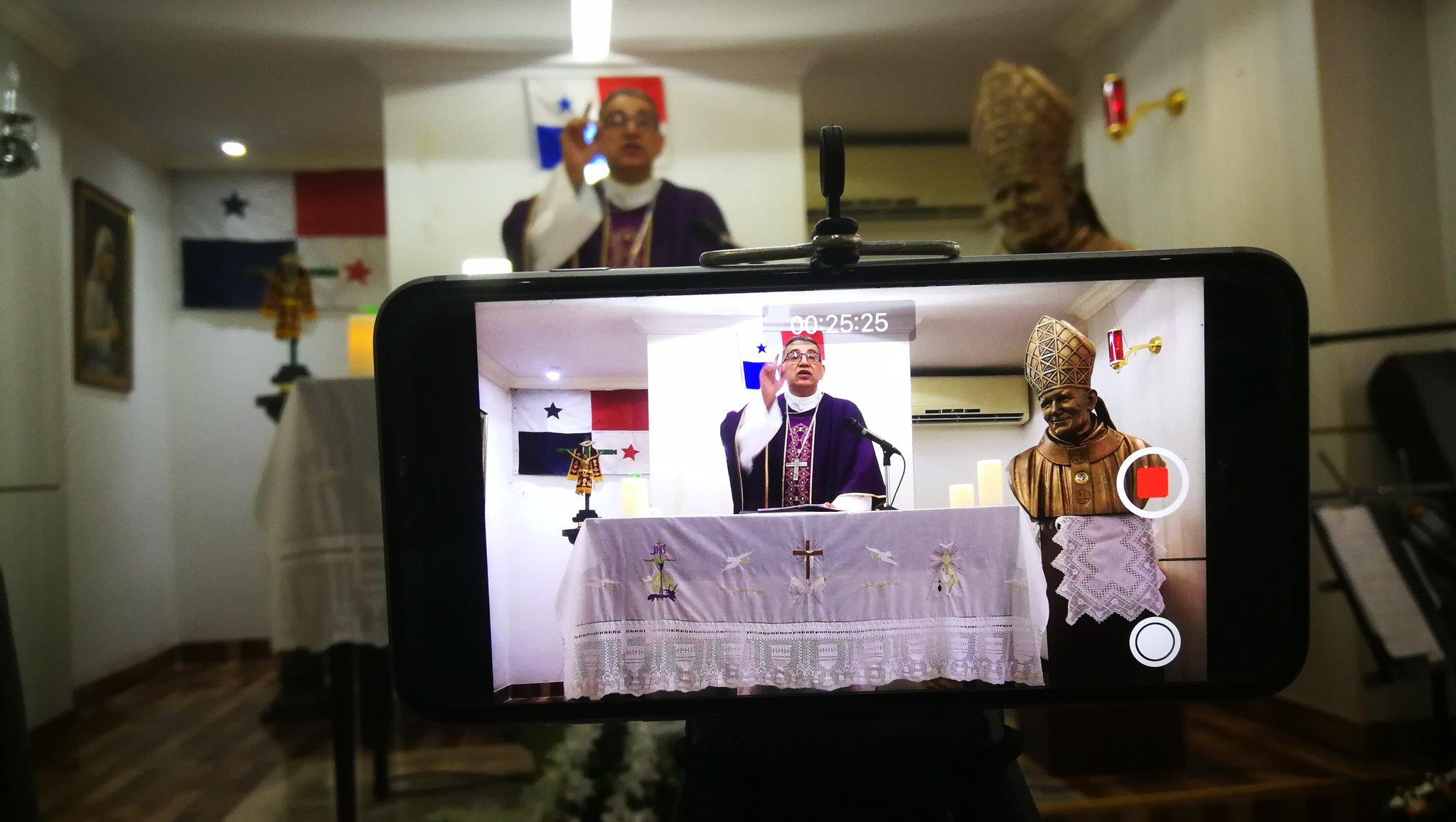 1 DE ABRIL - HOMILÍA MISA TELEVISADA, CAPILLA DE LA CASA DEL ARZOBISPO