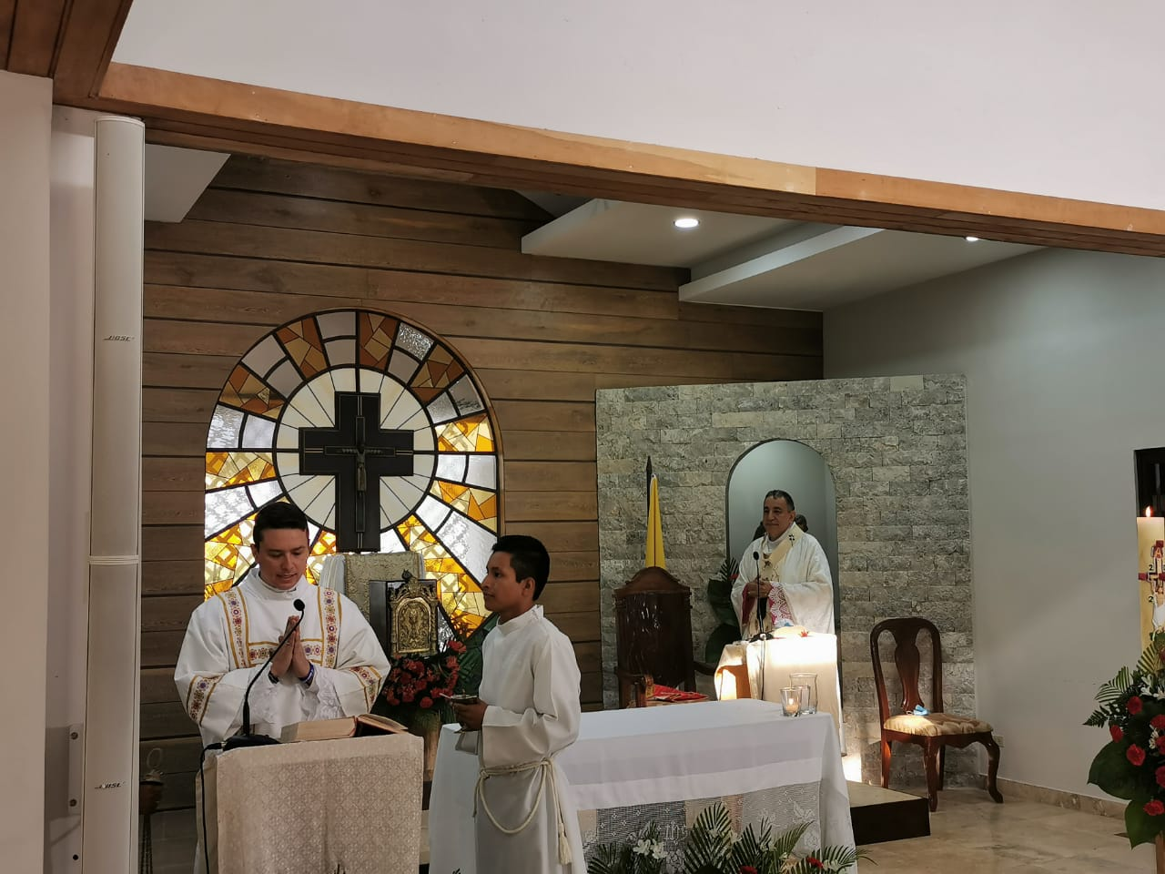 """Monseñor Ulloa: """"Nuestro compromiso Pascual, debe se defender la vida de la mujer"""""""