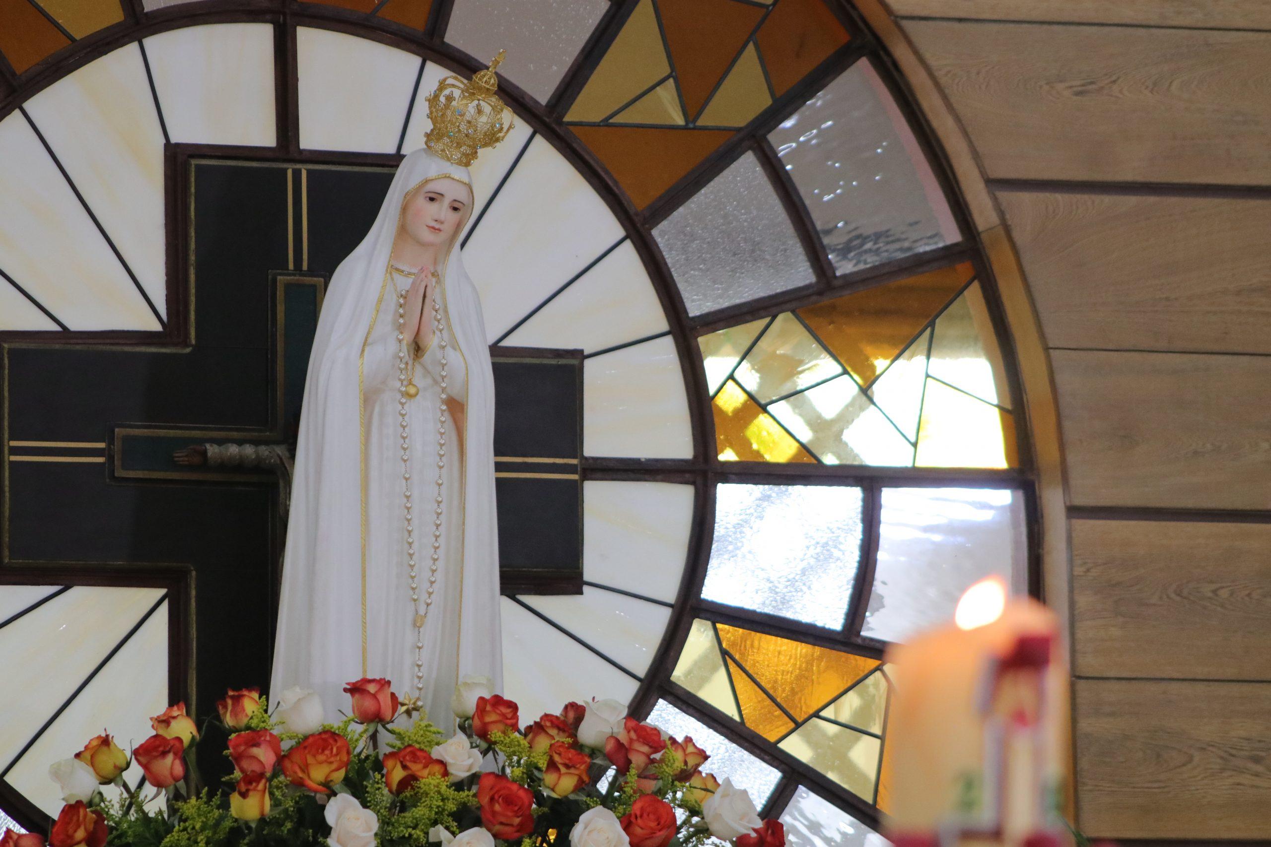 Los dones que recibimos de María Santísima debemos compartirlos con los más necesitados