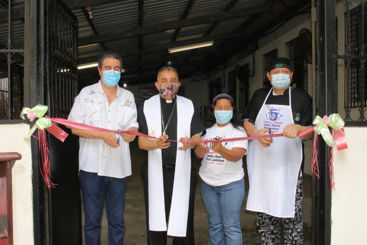 """Inaugura  el """"Comedor Solidario Santa María del Camino"""""""
