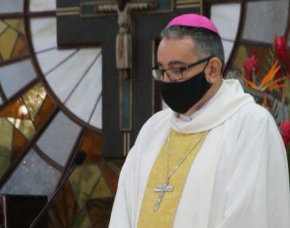 """Monseñor Ulloa advierte: """"las donaciones  a la Iglesia Católica son a nombre de la Institución"""""""