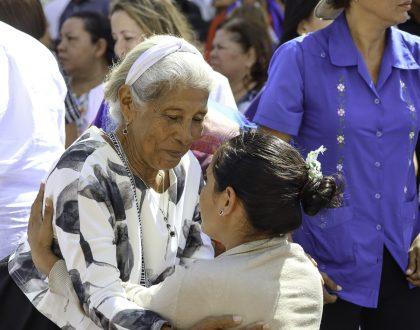 """Arzobispo: """"Abuelos son fuente de sabiduría y armonía  para transmitir la fe en la familia"""""""