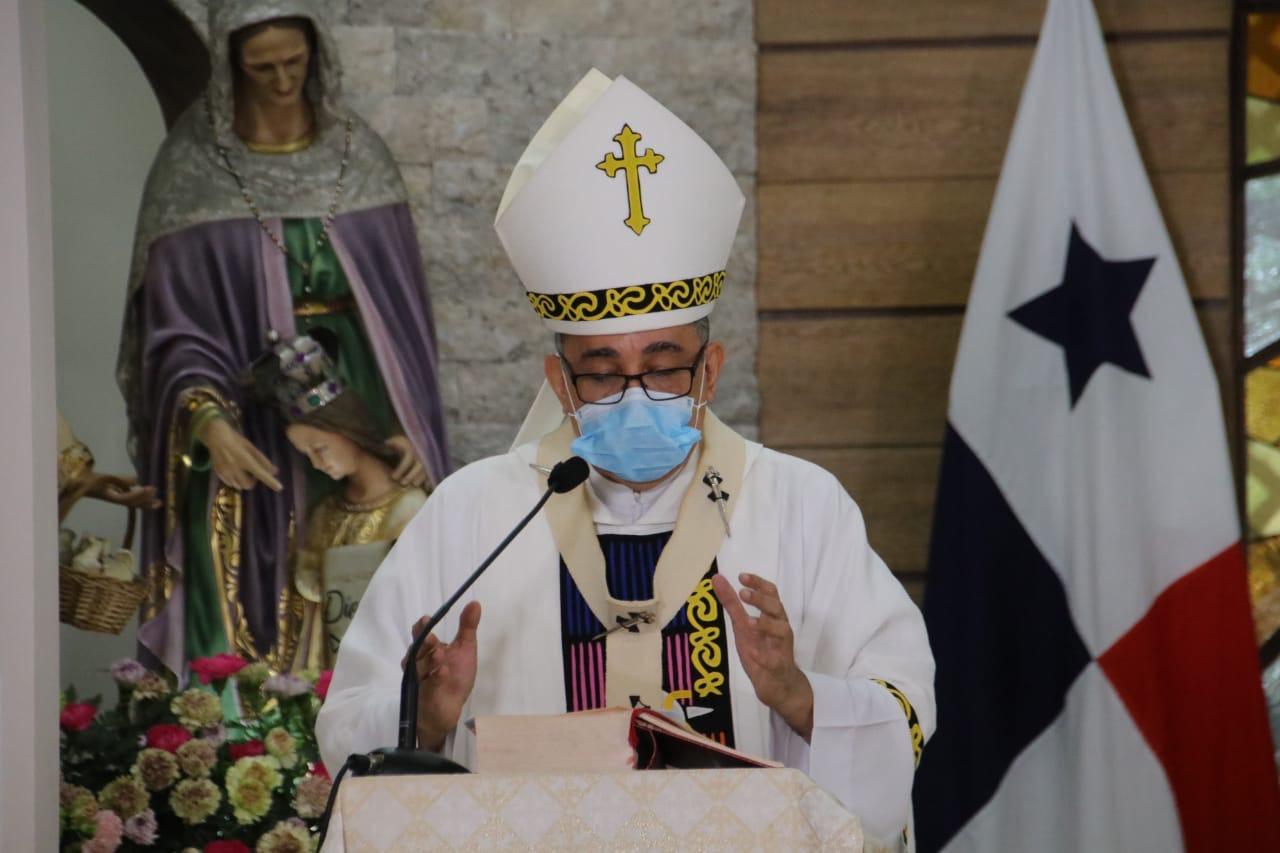 Mons. Ulloa: Exhorta al pueblo de Dios  orar por los gobernantes
