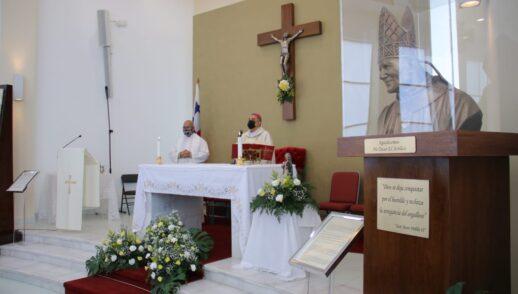 Homilía Martes 20 de Octubre - Triduo San Juan Pablo II- Capilla San Juan Pablo II Albrook