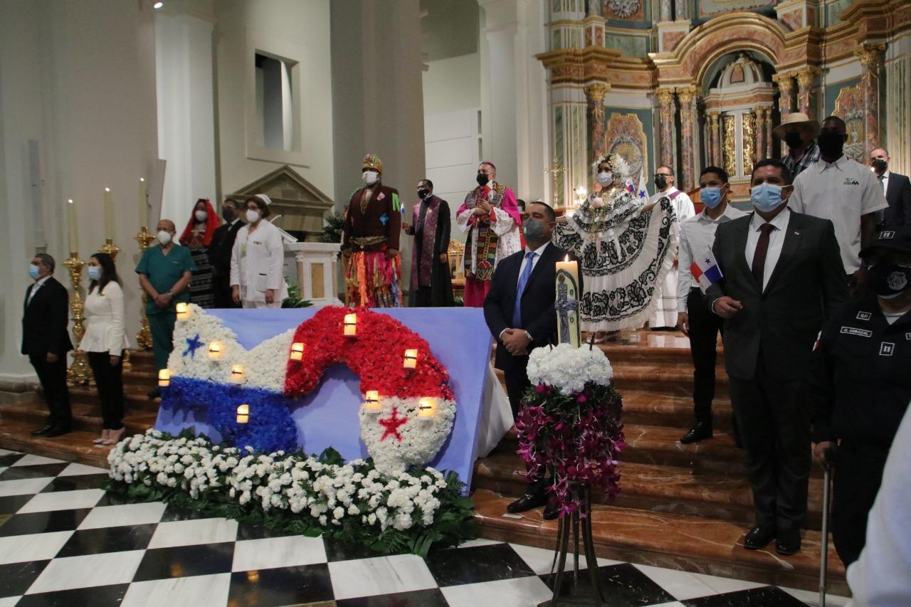 PANAMÁ HONRÓ LA MEMORIA DE LOS FALLECIDOS POR EL COVID-19