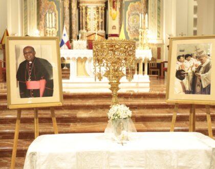 Con una misa inculturada afropanameña celebrán la vida de Mons. Uriah Ashley.