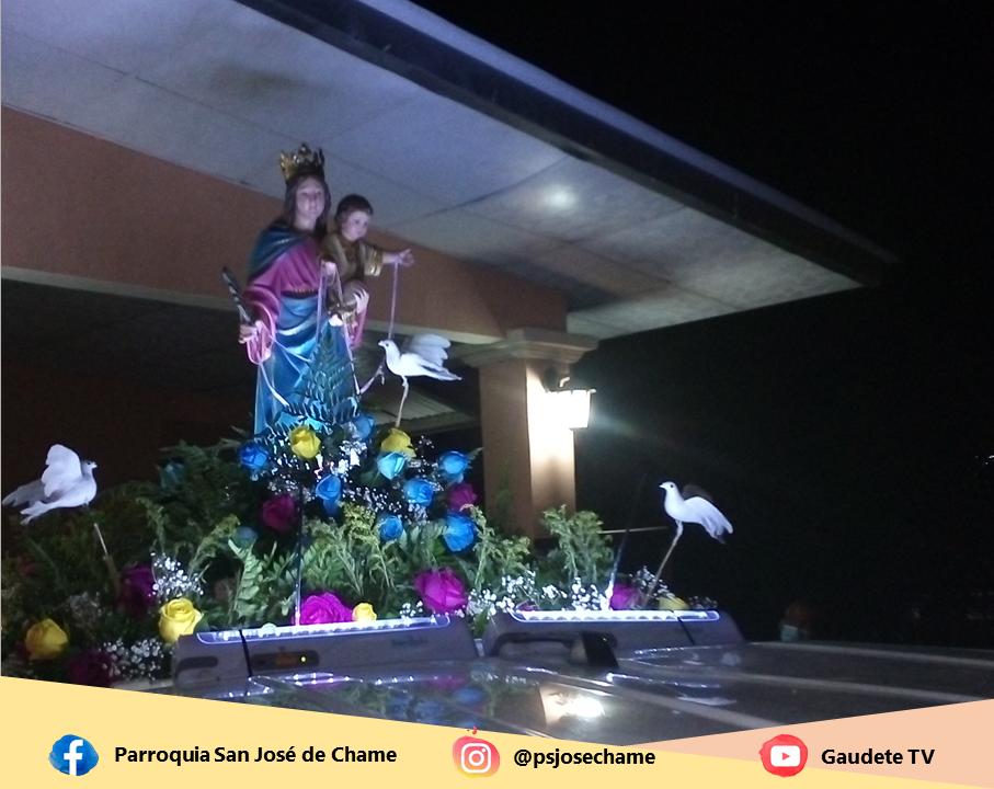 Los chameros llenos de esperanza celebraron la fiesta de Ntra. Sra. de La Paz