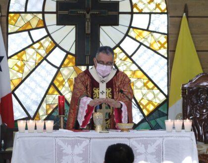 """Mons. Ulloa: """"Vamos a celebrar con toda la profundidad el acontecimiento más grande en la historia"""" Semana Santa"""