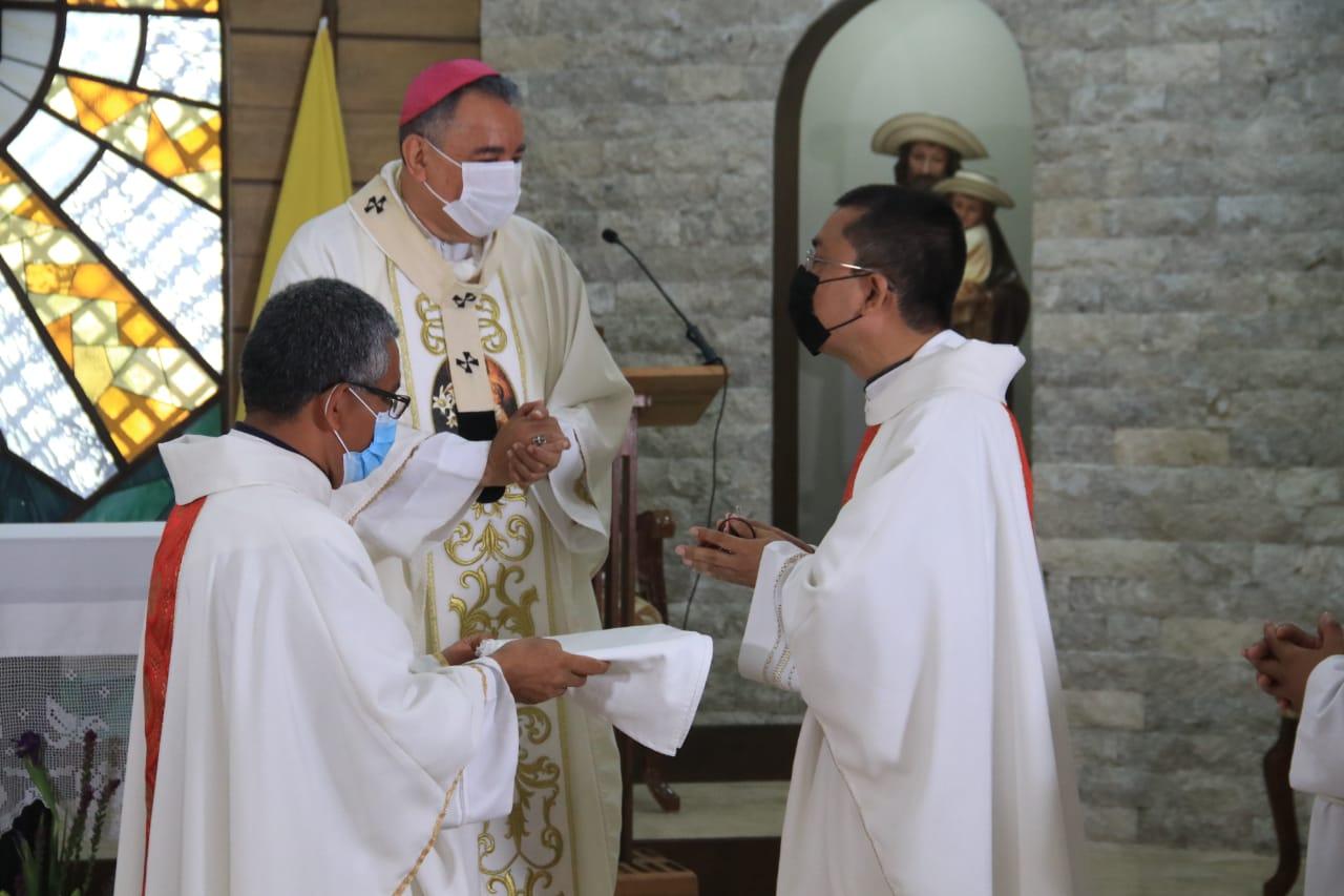 Entrega de llaves del Seminario Mayor San José al nuevo rector