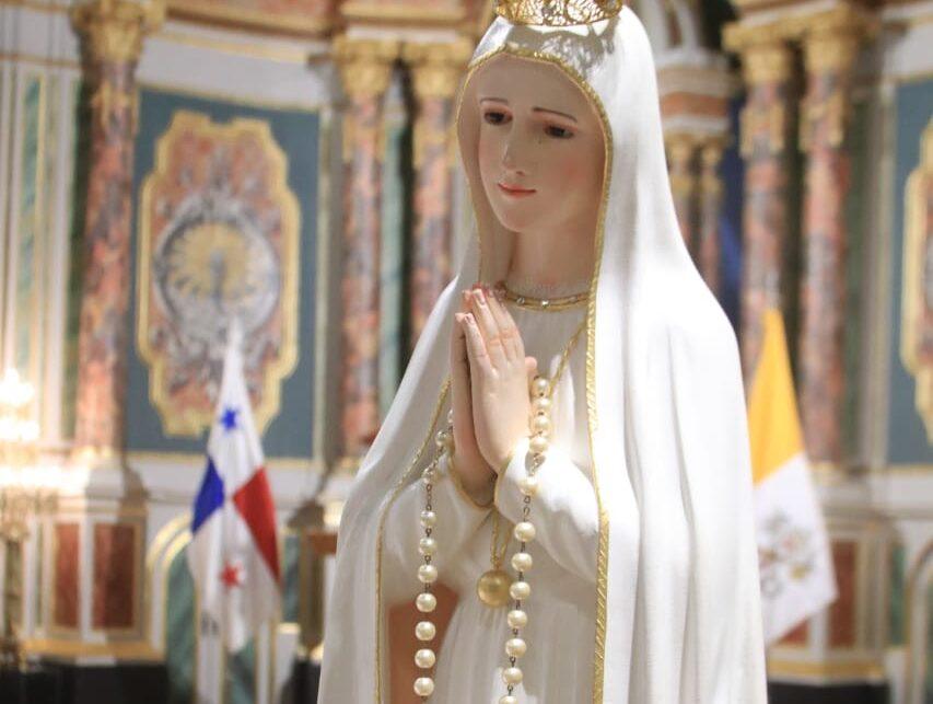 Maratón del rezo del Santo Rosario por el fin de la pandemia