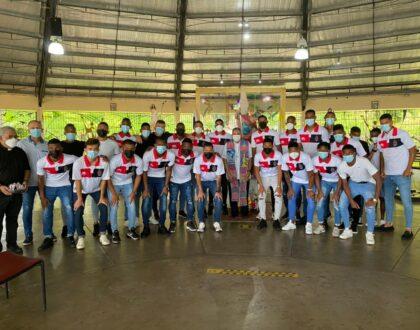 Encuentro entre Sporting Futbol Club y el Arzobispo de Panamá, de reflexión, estímulo, bendicióny mucho humor