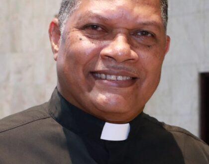 Padre Efraín De León Valdés nuevo  Vicario Pastoral de la Arquidiócesis de Panamá